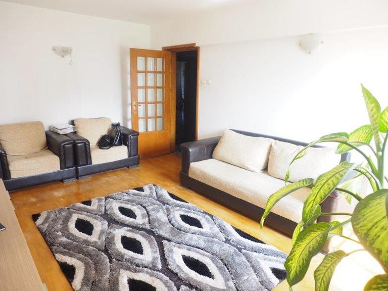 De vanzare apartament, 3 camere, in Sector 4, zona Tineretului