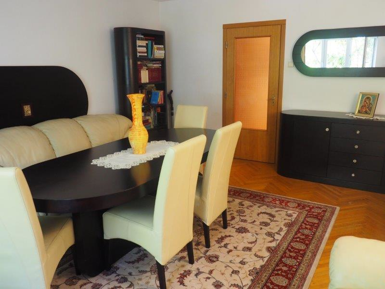 Vanzare apartament, 3 camere, in Sector 3, zona Octavian Goga
