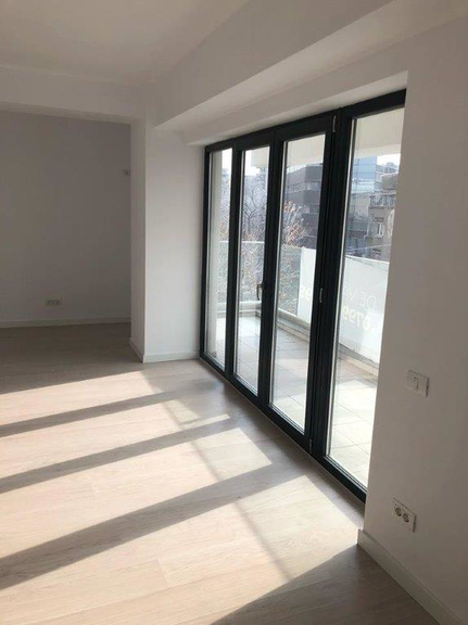 Vanzare apartament, 2 camere, in Sector 3, zona Decebal