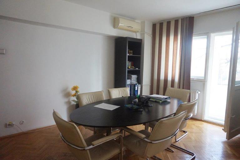 Vanzare apartament, 3 camere, in Sector 2, zona Mosilor