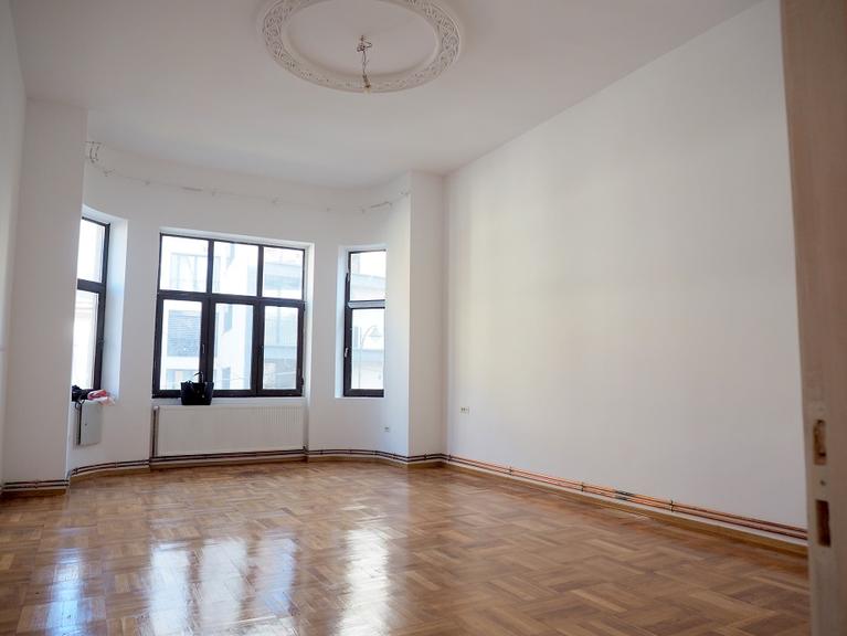 Vanzare apartament, 2 camere, in Sector 2, zona Universitate (S2)