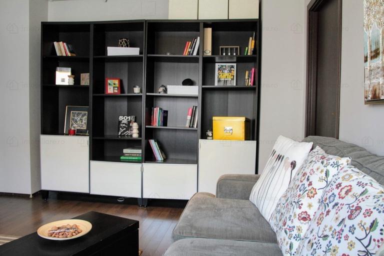 De vanzare apartament, 2 camere, in Sector 4, zona Parcul Carol