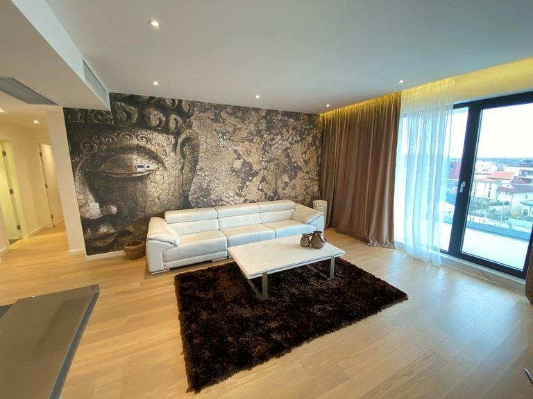 Se vinde apartament, 4 camere, in Sector 1, zona Herastrau
