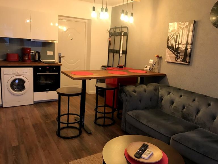 De vanzare apartament, 3 camere, in Sector 1, zona Cismigiu