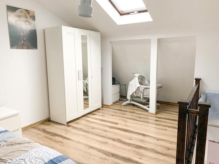 Vanzare apartament, o camera, in Sector 4, zona Oltenitei