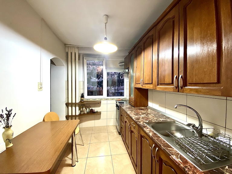 De vanzare apartament, 3 camere, in Sector 2, zona Vatra Luminoasa