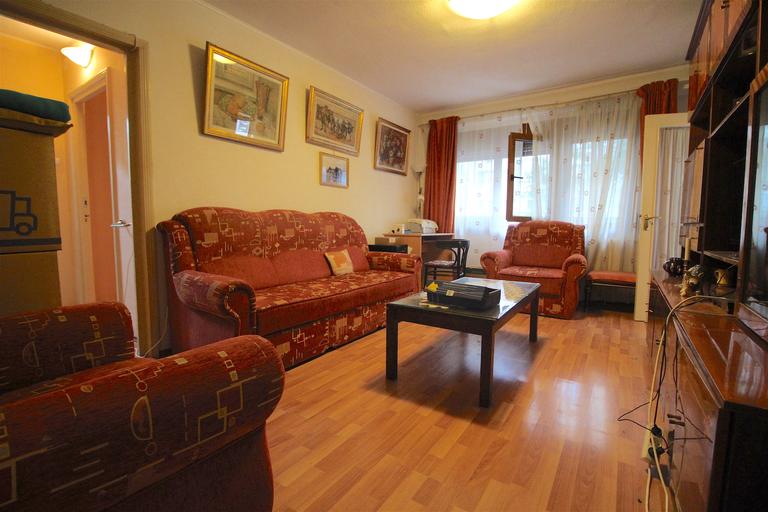 Vanzare apartament, 3 camere, in Sector 1, zona Magheru