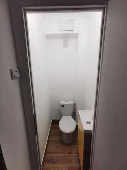 De vanzare apartament, 4 camere, in Sector 4, zona Brancoveanu