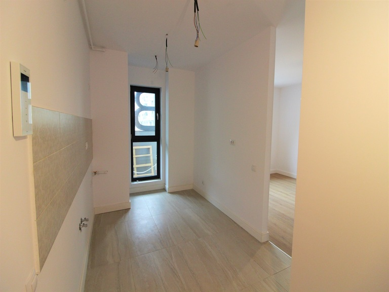 Vanzare apartament, o camera, in Sector 1, zona Aviatiei