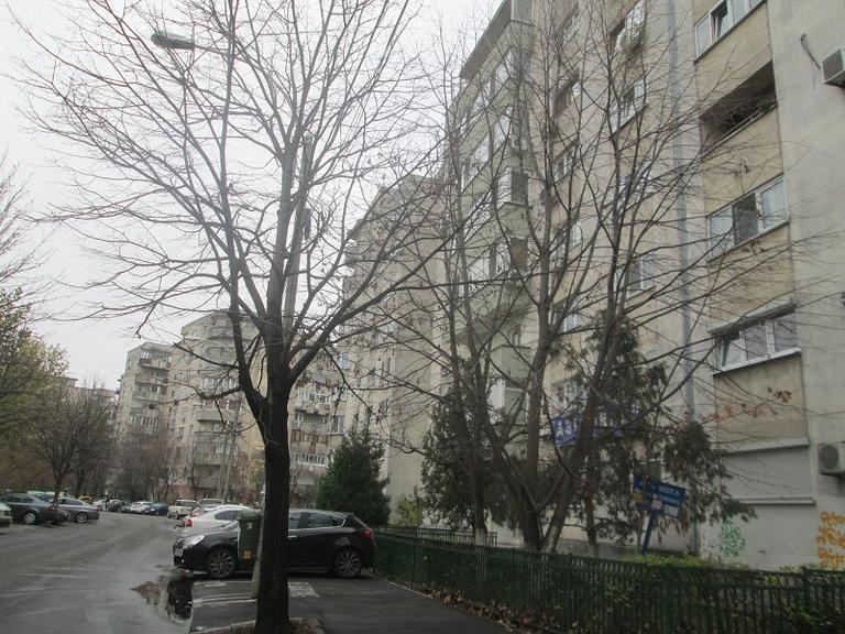 De vanzare apartament, 3 camere, in Sector 5, zona Sebastian