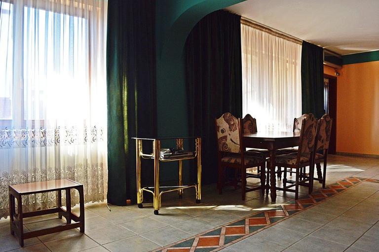 Vanzare apartament, 5 camere, in Sector 1, zona Dorobanti