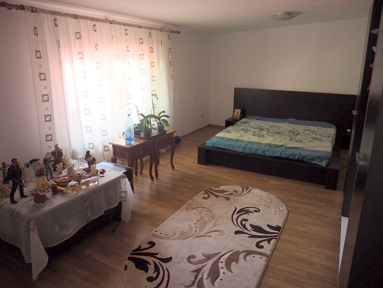 Vanzare casa, 4 camere, in Sector 2, zona Mosilor