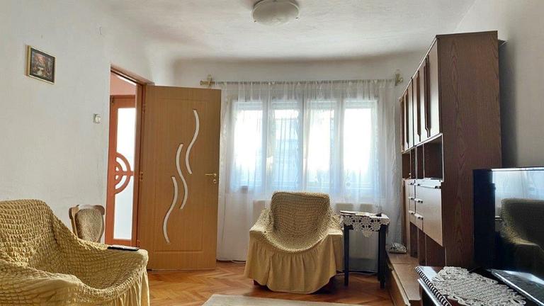 De vanzare casa, 4 camere, in Sector 3, zona Calea Calarasilor