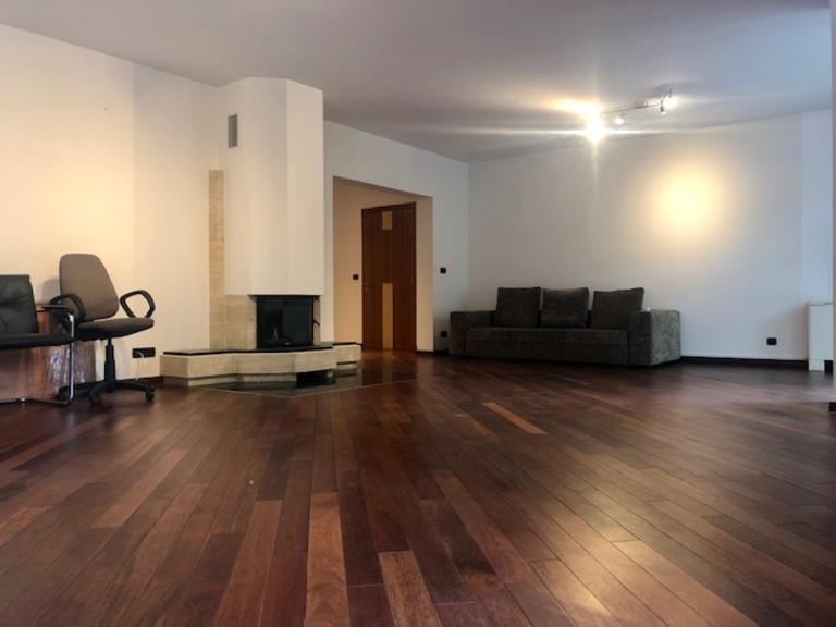 Vanzare apartament, 4 camere, in Sector 1, zona Primaverii