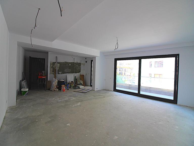Se vinde apartament, 3 camere, in Sector 1, zona Herastrau