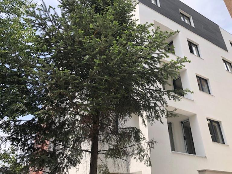 Se vinde apartament, 4 camere, in Sector 1, zona Domenii