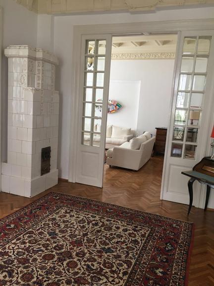 Se vinde casa, 12 camere, in Sector 1, zona Piata Victoriei