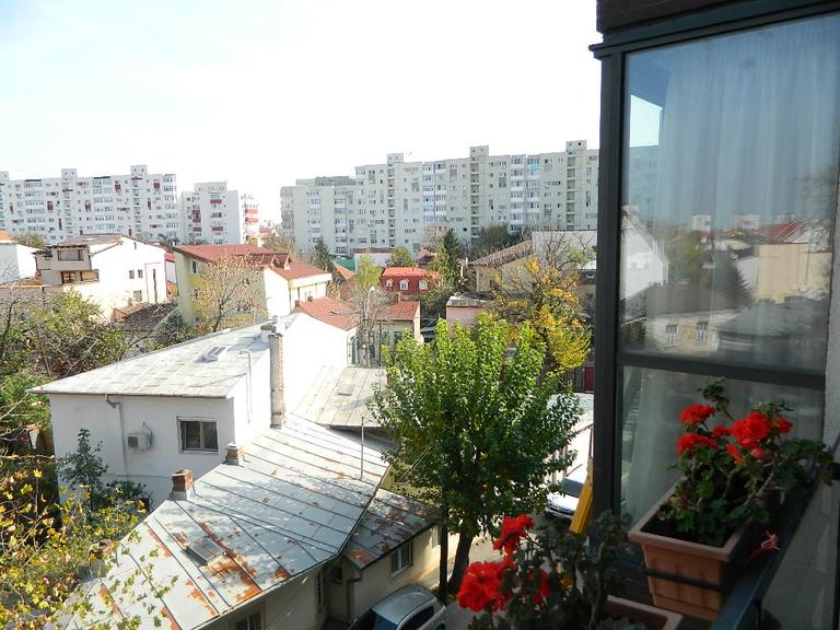 Se vinde apartament, 3 camere, in Sector 1, zona Domenii